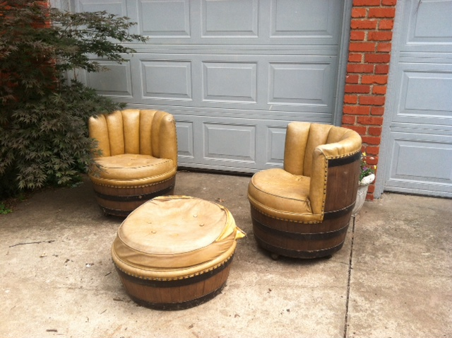 Ordinaire Vintage Rustic Wine/Whiskey Barrel Chairs U0026 Ottoman